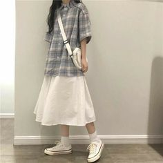 White Skirt Outfits, Outfits Jeans, Kpop Outfits, Korean Outfits, Cute Fashion, Asian Fashion, Modest Fashion, Fashion Outfits, Long Skirt Fashion