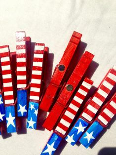 of JULY party favors red white and blue stars and stripes American flag hand painted magnetic clothespin set of 10 Independence Day American Flag Crafts, American Flag Painting, 4th Of July Party, Fourth Of July, Independence Day Activities, Childrens Artwork, 4th Of July Fireworks, July Crafts, Party Favor Bags