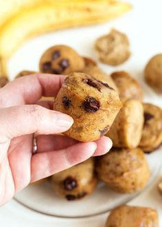 Instant Pot Banana Bread Bites are yummy little treats. Easy to make pressure cooker banana bread bites are for all ages. Banana Oat Bread, Sour Cream Banana Bread, Banana Bread Recipes, Healthy Meals For One, Quick Easy Meals, Bread Bites Recipe, Lamb Steak Recipes, Beef Appetizers, Pancake Bites