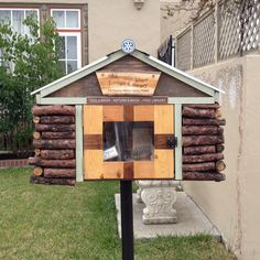 free neighborhood lending library.  why not start one in your community?