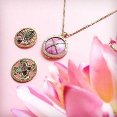 🌸 F L O W E R B O M B 🌸 #mimoneda #flower #pink #necklace #jewelry #jewellery #jewelrygram #jewelrylover #jewelryoftheday #jotd