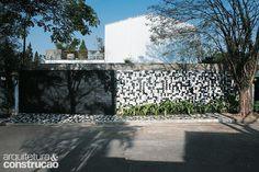 Revista Arquitetura e Construção - Telhas metálicas: 7 ideias para usá-las em paredes e fachadas