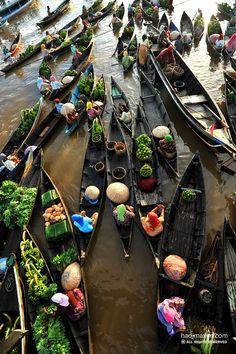 LOK BAKINTAN Banjarmasin - INDONESIA Photo Galleries, Destinations, Wanderlust, Gallery, Travel, Viajes, Roof Rack, Traveling, Trips