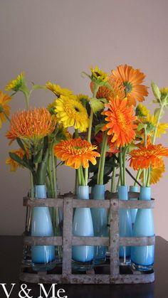 Gerberas Love Flowers, Beautiful Flowers, Potted Plants, Flower Pots, Glass Vase, Planter Pots, Blossoms, Annie, Home Decor