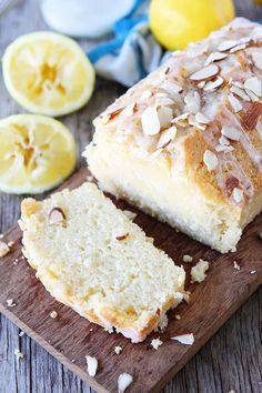 Lemon Almond Bread with a sweet lemon glaze and topped with sliced almonds. This bread is great for breakfast, tea time, or dessert! Bread Recipes, Baking Recipes, Cake Recipes, Dessert Recipes, Recipes With Bread Slices, Lemon Recipes, Baking Ideas, Brunch Recipes, Almond Milk Recipes
