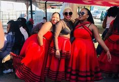South African Traditional Dresses, Traditional Outfits, Traditional Styles, Traditional Wedding, African Wear Dresses, African Attire, African Clothes, Xhosa Attire, African Print Fashion