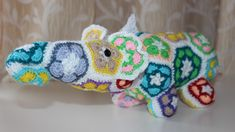 Make a Crochet African Flower Elephant - DIY Crafts - Guidecentral
