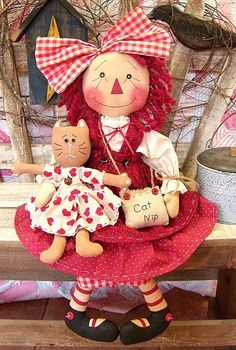 raggedy ann with her little doll, Annie? Fabric Dolls, Paper Dolls, Doll Toys, Baby Dolls, Primitive Patterns, Ann Doll, Sheep And Lamb, Raggedy Ann And Andy, Sewing Dolls