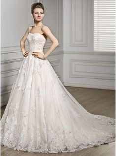A-Line/Princess Sweetheart Court Train Tulle Lace Wedding Dress (002056610)