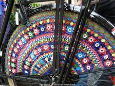 Staphorster fiets met jasbeschermer / JokeJansen