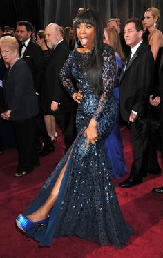 Jennifer Hudson showed off her blue heels | Click through to see more of the 100 best pictures from Oscar night!