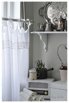 simple and pretty summer curtain.