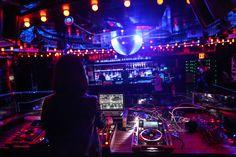 asian-nightlife-in-new-york-girl-fucking-pussy-club