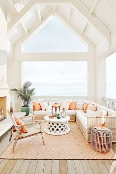Boho Home Decor Trend alert! This will be the hottest color in outdoor design this summer.Boho Home Decor Trend alert! This will be the hottest color in outdoor design this summer. Tyni House, House Rooms, Gazebos, Casas The Sims 4, Summer Deco, Dream Beach Houses, Modern Beach Houses, White Beach Houses, Decoration Bedroom