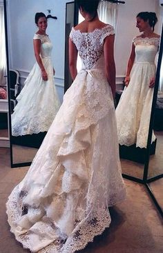 Vintage Capped Sleeves Audrey Hepburn Lace A-line Wedding Dress with Tiers Train