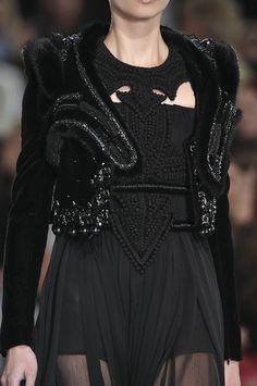 mrcasual-ce:  e—l—i—t—e:  blanq-noirette:  ≈B&W|Insta|BLOG≈  bw fashion & models