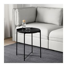IKEA offers everything from living room furniture to mattresses and bedroom furniture so that you can design your life at home. Check out our furniture and home furnishings! Gladom Ikea, Desks Ikea, Catalogue Ikea, Ikea Side Table, Table 19, Patio Table, Table Frame, Sofa, Create Space