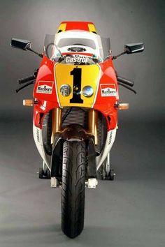 YAmaha YZR500 Replica Wayne Rainey, Ducati 996, Vintage Skateboards, Sportbikes, Cool Bikes, Road Bike, Cars And Motorcycles, Motorbikes, Yamaha