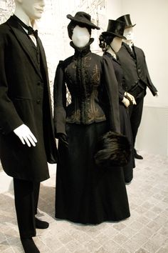 Gemeentemuseum the Hague exhibition on 19th century fashion - Victorian dress with skating jacket ca. 1890 wool & silk