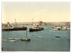 new to site Jersey, arrival of boats, St. Heliers, Channel Islands, England