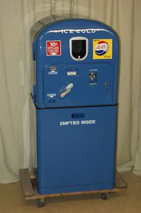 old soda machines for sale cheap Soda Vending Machine, Coke Machine, Vending Machines, Soda Machines, Pepsi Cola, Vintage Candy, Gumball Machine, Pop Bottles, New Things To Learn