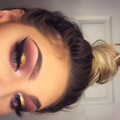 Gorgeous Makeup: Tips and Tricks With Eye Makeup and Eyeshadow – Makeup Design Ideas Glam Makeup, Makeup On Fleek, Kiss Makeup, Cute Makeup, Pretty Makeup, Makeup Inspo, Beauty Makeup, Hair Makeup, Makeup Eyeshadow