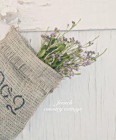 Simple Burlap Bag Tutorial