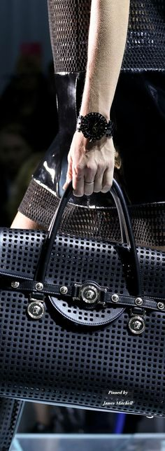 Versace Spring 2015 Ready-to-Wear Details