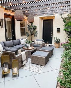 Best Outdoor Patio Design Ideas- 2020 - Page 14 of 37 - coloredbikinis. Small Patio Ideas Townhouse, Small Patio Spaces, Rustic Outdoor, Outdoor Decor, Outdoor Patio Designs, Backyard Designs, Outdoor Areas, Outdoor Living, Outdoor Furniture Sets