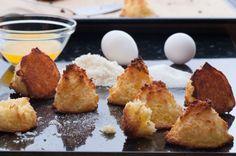 Macaroons cu cocos din 3 ingrediente | Retete culinare - Romanesti si din Bucataria internationala