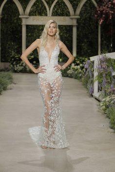 En 53 Novia Boyfriends 2019 Bridal Y Mejores Capas Imágenes De wAqCOxS6A