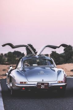 Mercedes Benz #300SL; In all its gull-winged glory (via: http://femme-cafe.tumblr.com/image/108193958856)