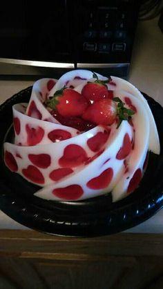 Unique Desserts, Fancy Desserts, Delicious Desserts, Yummy Food, Jelly Desserts, Jello Cake, Jello Recipes, Mousse, Creative Food