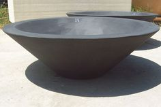 10 Easy Pieces: Outdoor Fire Pits and Bowls - Gardenista Sunken Fire Pits, Cool Fire Pits, Concrete Fire Pits, Fire Pit Bowl, Fire Bowls, Outdoor Fire, Outdoor Living, Outdoor Spaces, Outdoor Decor