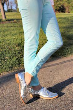 Gap 1969 Legging Jeans in Powder Blue with Sam Edelman Metallic Oxfords