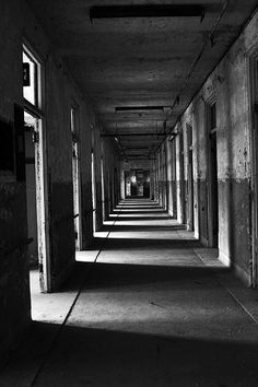 Waverly Hills Sanitorium/ I so have to go here one day