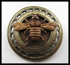 Vintage Bee Button - bee-utiful! by iva