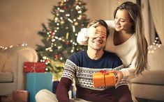 Každé Vianoce ho chcete prekvapiť, no dočkáte sa iba kyslého úsmevu a suchého ďakujem. Tento rok sa však vďaka našim tipom pripravíte s predstihom a dôvtipom. Vybrali sme pre vás darčeky, ktoré budú praktické a navyše ho aj potešia. #vianoce #darceky #darcekypremuzov #gifts #christmas #giftideas #tipy #cokupitmuzovi Coupons For Boyfriend, Best Boyfriend Gifts, Birthday Gifts For Boyfriend, Gifts For Husband, Games For Boys, Christian Men, Teen Girl Outfits, Dating Advice For Men, Funny Dating Quotes