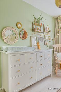 Nursery Dresser, Nursery Shelves, Baby Bedroom, Kids Bedroom, Baby Shower Gifts, Kidsroom, Furniture, Home Decor, Wardrobe Closet