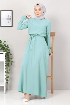 Hijab Style Dress, Dress Outfits, Dresses, Turkish Clothing Online, Cardigans For Women, Coats For Women, Hijab Turkish, Womens Dungarees, Turkish Fashion
