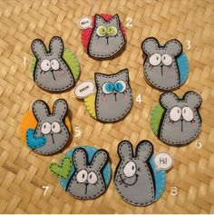 Felt Diy, Handmade Felt, Felt Crafts, Diy And Crafts, Arts And Crafts, Sewing Crafts, Sewing Projects, Felt Keychain, Felt Animal Patterns