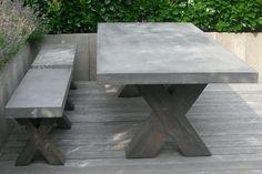 Bent u op zoek naar een betonnen tuimmeubelen? Wij leveren hoogwaardig maatwerk conform uw wensen. Bekijk onze ontwerpen