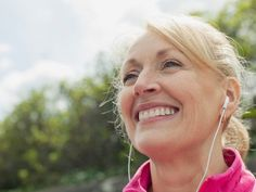 9 harmless habits that age you (Prevention.com)