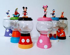 Minnie Mouse Pink & White Gumball by DiamondsCraftsnmore on Etsy Disney Diy, Disney Crafts, Theme Mickey, Mickey Party, Minnie Mouse Party, Mickey Mouse Crafts, Mouse Parties, Pirate Party, Mickey Mickey