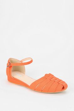 Dainty, go-to skimmer #urbanoutfitters
