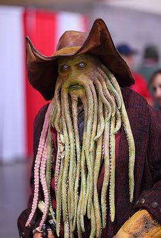 Aaarrrggg matey thare be Davy Jones 2012 Phoenix Comicon (PCC)