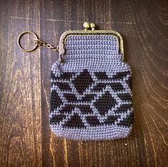 Molla Mills -inspired purse