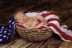 Fam(ily) Photography by Leslie, Newborn Photography, Patriotic newborn Photography, Military Newborn Photography