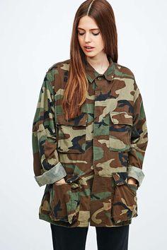 Urban Renewal Vintage Surplus USA Army Shirt in Camo