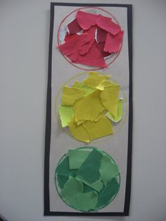 """Traffic light craft- maybe a """"Stop and Go Slow"""" activity focusing on transportation or movement"""
